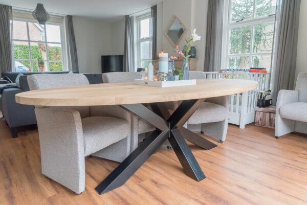 interieurwood ovale tafel